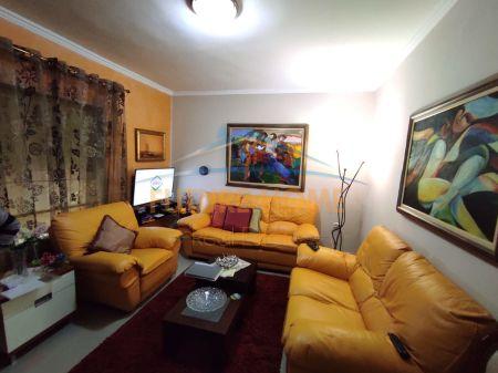 Shitet, Apartament 3+1, Myslym Shyr, Tiranë!