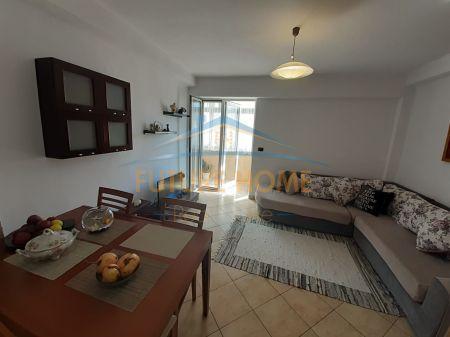 """For sale, Apartment 2 + 1, near the Garden """"Sotir Noka"""", Durres"""