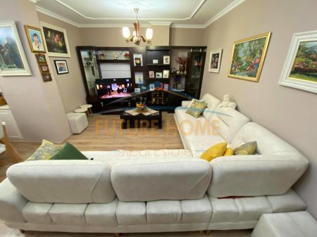 Qera, Apartament 2+1, Unaza e Re
