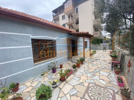 For sale, Private House 2 + 1, Babrru, Tirana