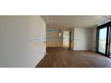 For sale, Apartment 2 + 1, Electric Market, Tirana.